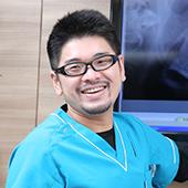 歯科医師 松井康賢